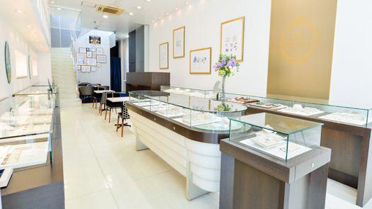 山形県山形市で唯一のハワイアンジュエリー・結婚指輪・マカナ取扱店、セントロフェリシタ