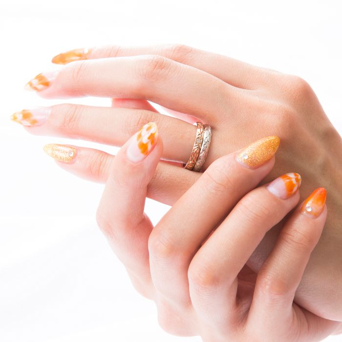 マカナ 結婚指輪 バレルタイプ 装着画像